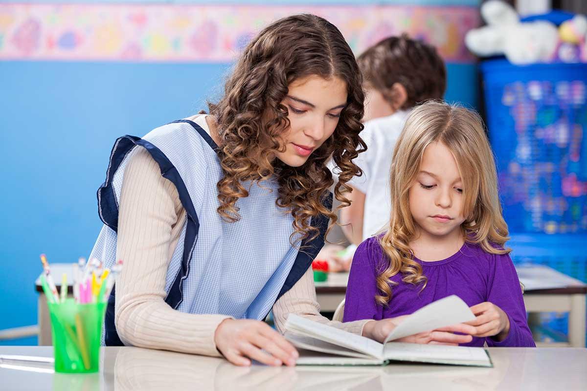 Formation supplémentaire pour les astems afin qu'ils/elles comprennent comment un enfant apprend et comment déceler les apprentissages « cachés ».